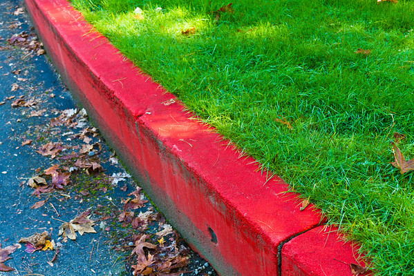Curved Red Curb (No. 1)